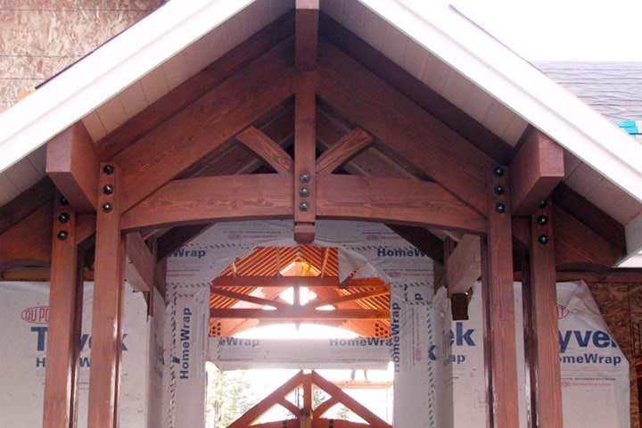 Timber-Frame-Entryway-with-bolts